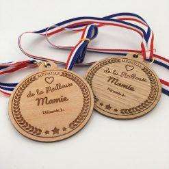 médaille bois meilleure mamie ensemble