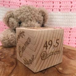 cube de naissance personnalisable taille